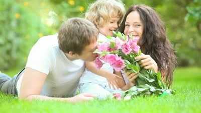 Latvijas nākotnes drošība ir stiprās ģimenēs ar bērniem.